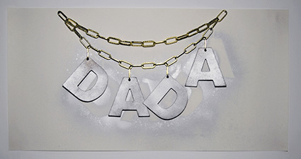 DADA NECKLACE